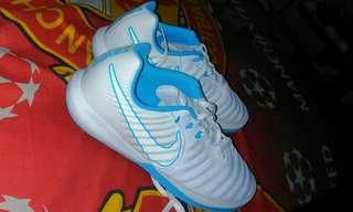 Sepatu nike tiempo x white blue ukuran 39