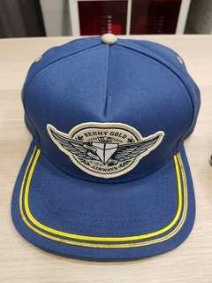 Benny gold snap back cap