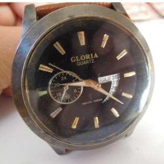 Gloria Quartz Round Black Dial Watch