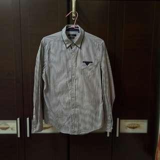 NET男生8成新M號格子襯衫,修身剪裁