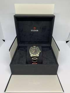 🚚 Pre-Owned Tudor Black Bay Harrods special edition