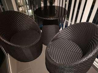 Outdoor chair n table