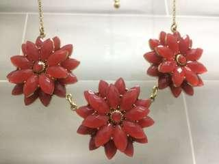 Flower Necklace / Choker
