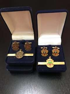 Raffles Institution tie slide and cuff link set(Made in UK)2 sets