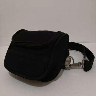 Auth Vintage Rare United Colors Of Benetton Moon Collection Black Belt Bag