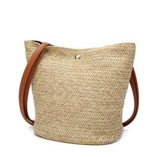 Cute rattan shoulder bag