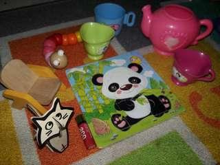 Set combo puzzle and other toys