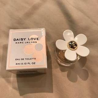 MarcJacobs Daisy LOVE 💖 EDT 4ml