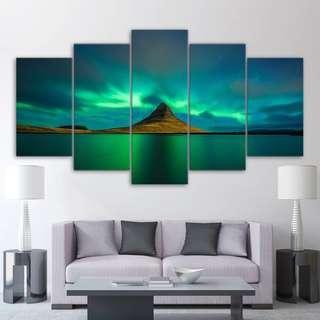 🚚 Iceland Northern Lights Canvas Print