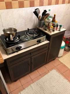 Kitchen Cabinet + Gas Stove