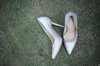 Charlize glitter silver pumps
