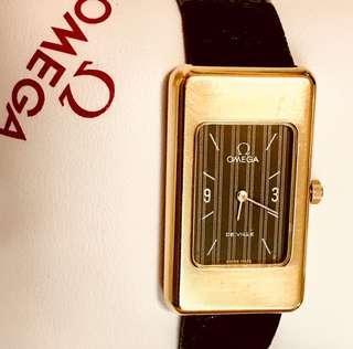 70年代 亞米加 型號625 (九成新) 經典碟飛系列 機械上鍊腕錶 (罕有原裝瑞士亞米加廠制造葡萄牙版本)Vintage Omega Cal 625 (90% New) Mechanical Manual Wind Watch: 100% Original Omega Dial/Movement/Case with Box 保證原裝亞米加錶面及20microns GP 包金錶殼 24mmx40mm 直徑 ,運作中 Working (Portuguese Hallmark on Case )