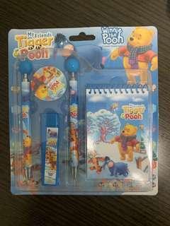 Winnie the Pooh文具套裝