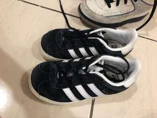Authentic adidas usa 9
