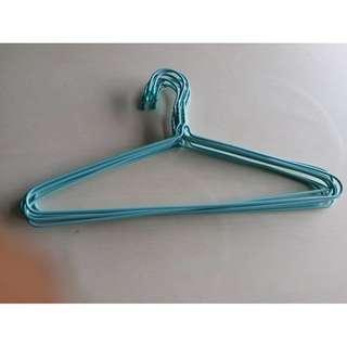 hangers 衣架