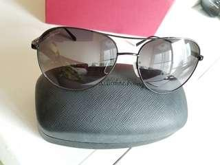 Salvatore ferragamo sun glasses