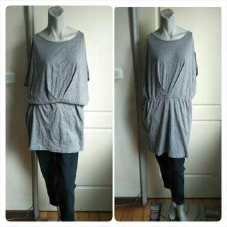 🚚 【onsale】日本購入純棉落肩款鬆緊腰身灰色短袖上衣-L-可當短洋裝