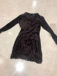 Dress anak coklat bahan bludru