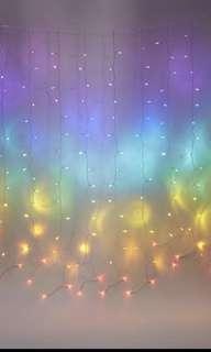 Typo rainbow cascading little light deco