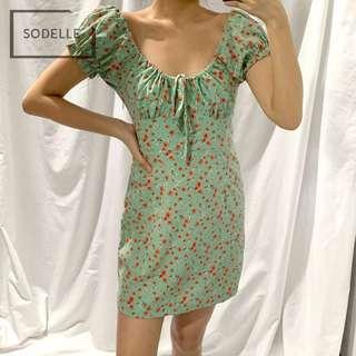 🚚 INSTOCKS Holly Dress