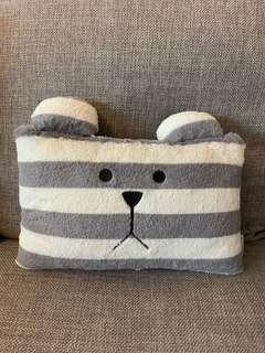 craftholic cushion 奸夫咕𠱸