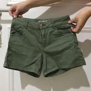 Celana Pendek shorts stradivarius