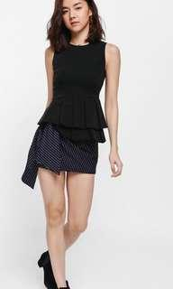 BNWT Love Bonito Tellean pleated peplum top