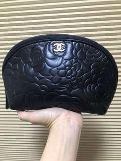 Chanel new authentic navy shiny Camilla flower cosmetic bag 化妝袋 clutch