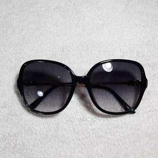 Sunglasses Kacamata Hitam Charles & Keith