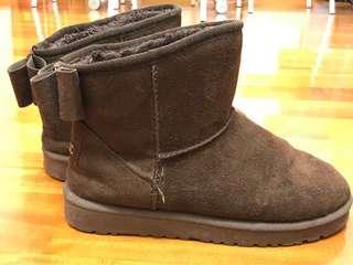 JBUGC蝴蝶結深棕色短boot