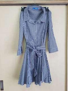 🚚 Gingham chic shirt dress with long sleeves (size 10)