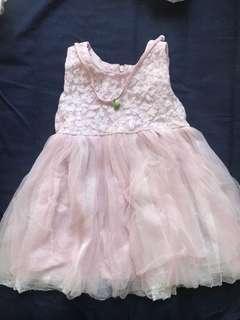Pink dress 粉紅色紗裙