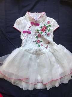 華服 旗袍紗裙 白色