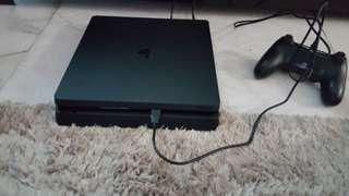 "Sony Playstation 4 Slim 500GB + 32"" LCD TV + 2 Games"