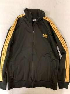Adidas 外套 jacket 60% new damage