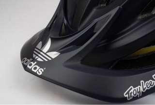 Troy Lee Designs A2 Mips Limited Addition Adidas Team Helmet Black