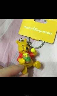 🚚 日本 迪士尼 小熊維尼 蜂蜜 鑰匙圈 disney Winnie the Pooh