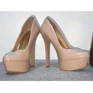 Jessica Simpson Size 5 Nude Stiletto Pumps 5 inches High Heels Closed Shoes