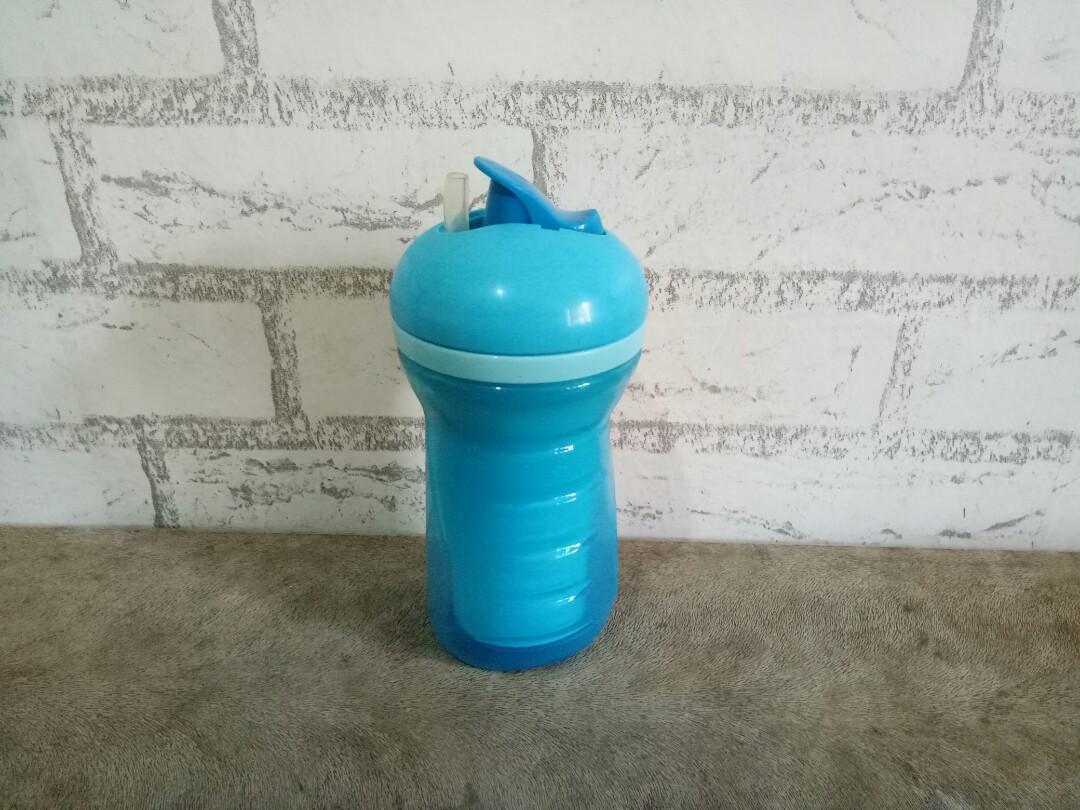 Tommee Tippee Botol Minum Sedotan Gelas Anak Laki-laki