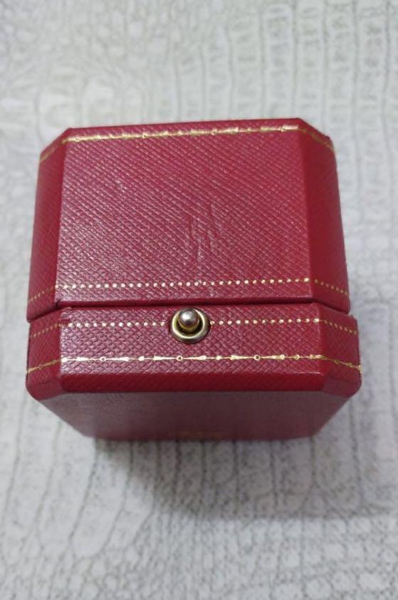 cartier 舊款戒指首飾盒一個