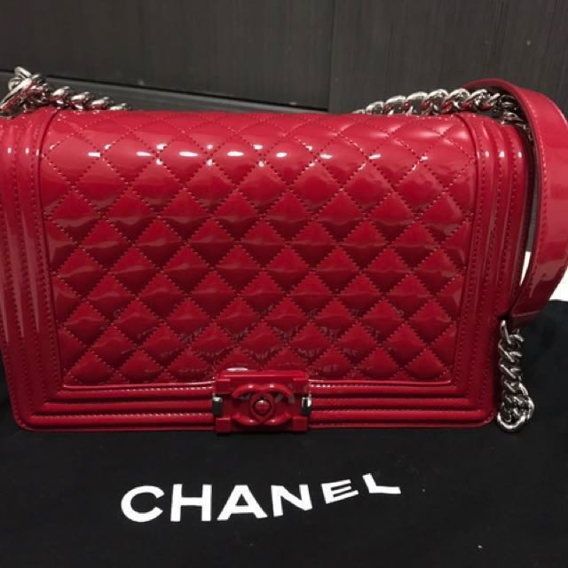 ff6232116ed5 Chanel New Medium Boy Quilted Flap Bag In Red Metallic Colour