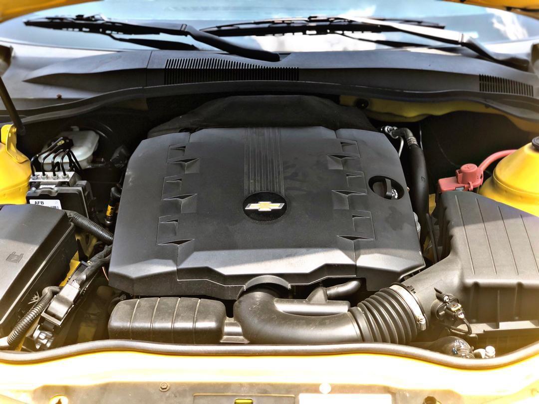SEWA BELI>>CHEVROLET CAMARO RS 3.6 RIGHT HAND DRIVE 2012