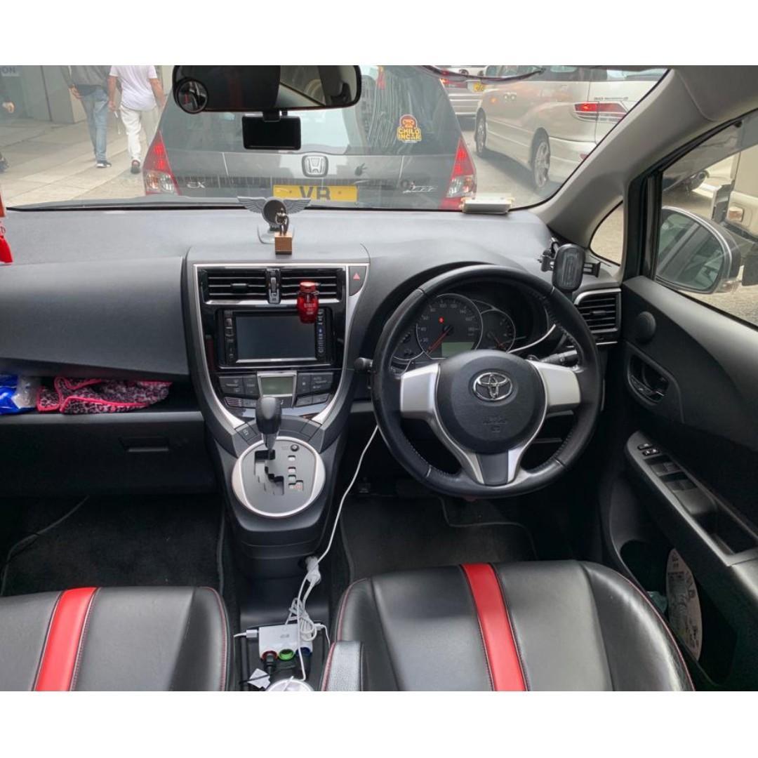 Toyota RACTIS VERSO 2015