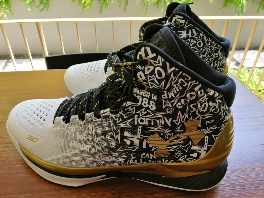 bf4288e0ad87 Under Armour Curry 1 (MVP pack) U.S size 10