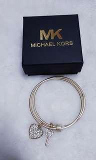 Bnew michael kors matte gold bangle