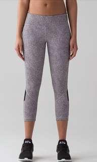 *Reduced* Lululemon Pace Rival Crop (size 4)