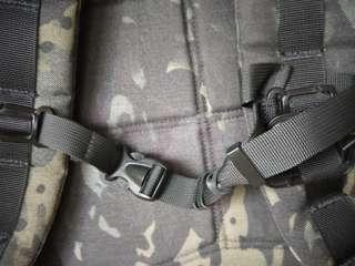 🚚 Sternum straps