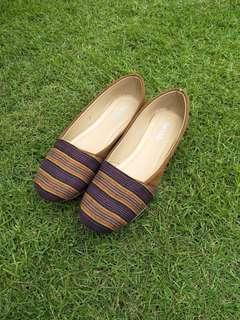 Indonesian Ethnic Luric Shoes