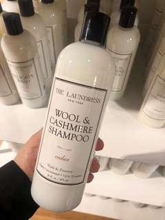 The laundress wool and cashmere shampoo cedar 475ml