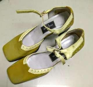 🚚 22.5(35號)STACCATO方頭女中高跟鞋